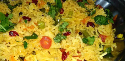 Delicious Mix Vegetable Pulav recipe, veg rice recipe by thehoggerz.com