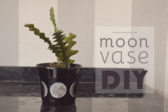 DIY Witch Craft - Moon Phases Flower Vase