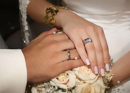 تعرف على حقيقة خبر دفع العروسين 12 ألف جنيها  لتوثيق عقد الزواج بالمحكمة