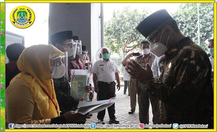 Penyerahan Sertifikat Oleh Presiden Republik Indonesia dilakukan Secara Virtual.