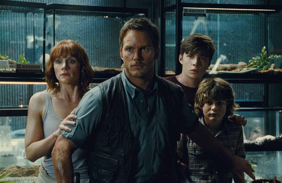 """""""Jurassic World 2"""" ganha título nacional e data de estreia no Brasil"""