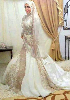 gaun untuk wanita berbadan kurus