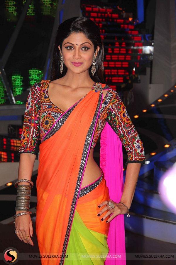 Shilpa shetty hot and cute in saree