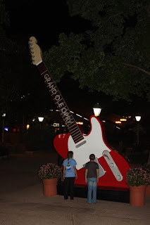 Giant Electric Guitar, Huge Electric Guitar, Grand Ole Opry