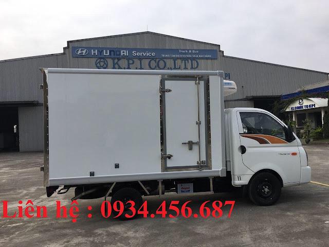 Xe 1 tấn đông lạnh chở hải sản