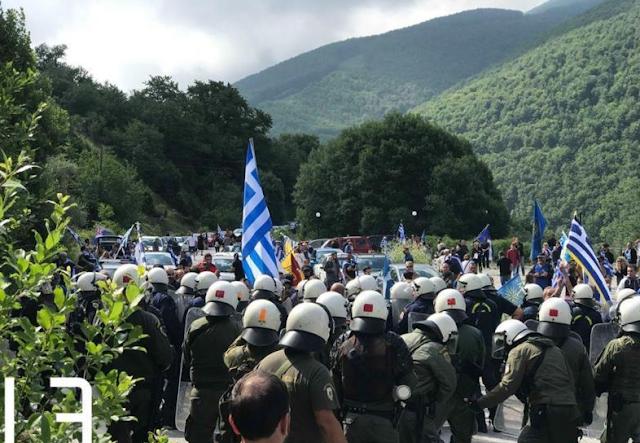 Καταγγελία – Χίος: Πετάνε χημικά από ελικόπτερα στον κόσμο και στα σχολεία!