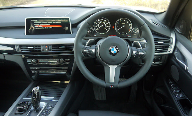 BMW X5 xDrive40e drivers view