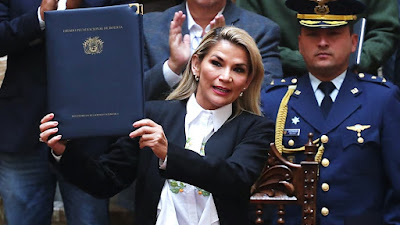 Bolivia: Presidenta interina Jeanine Áñez promulga ley para elecciones generales