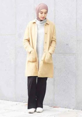 Jaket Wanita Panjang krem