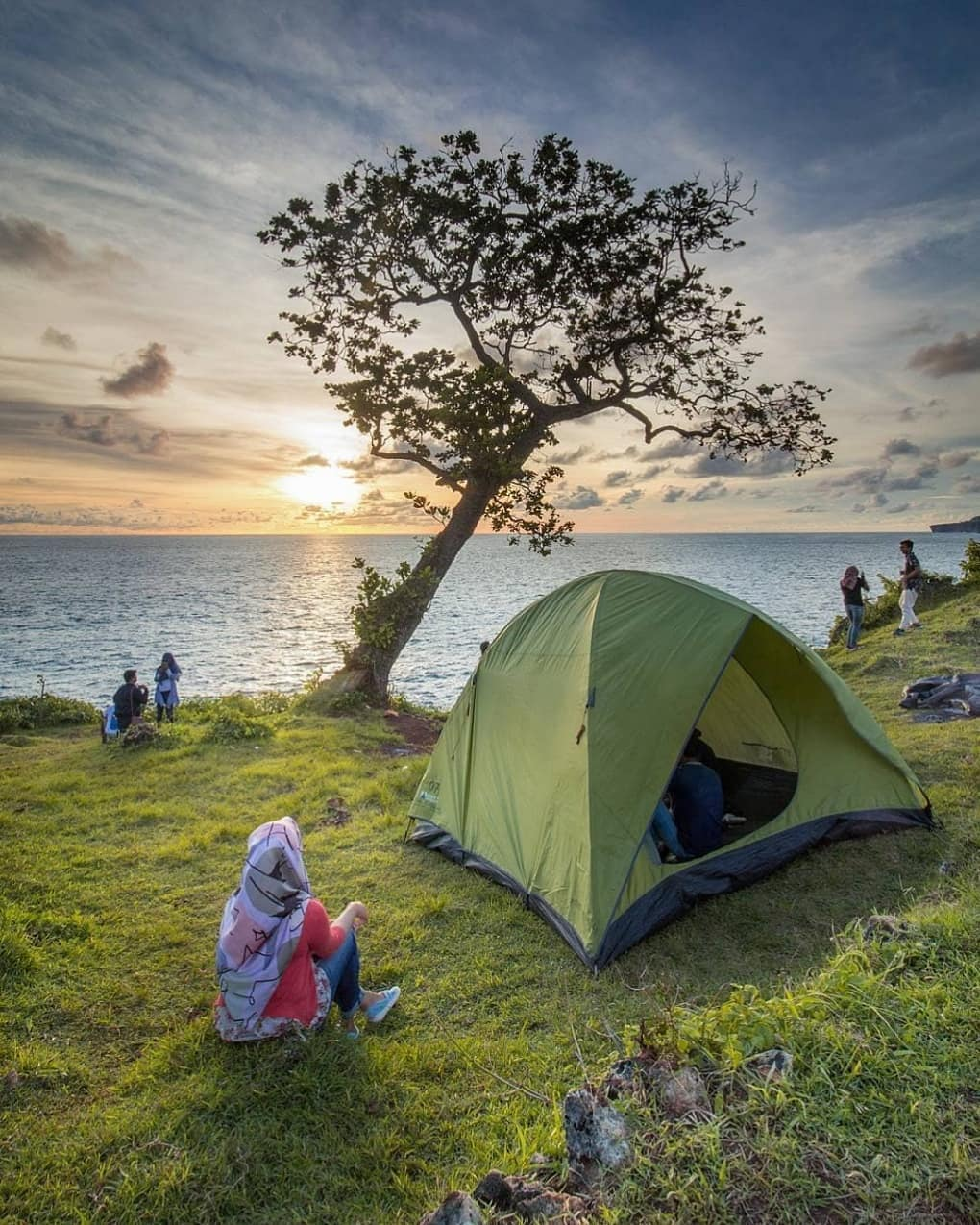 Keindahaan Pantai Kesirat di Gunung Kidul Yogyakarta