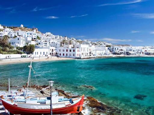 Προκρατήσεις Γάλλων για την τουριστική περίοδο 2020
