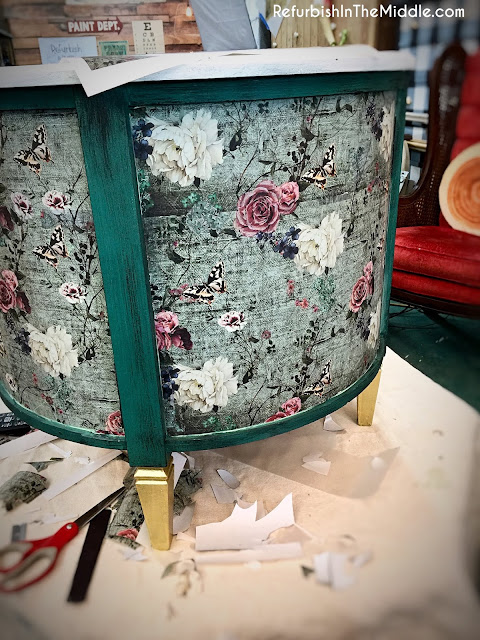 70's vintage round drum table makeover with Prima Redesign Transfers