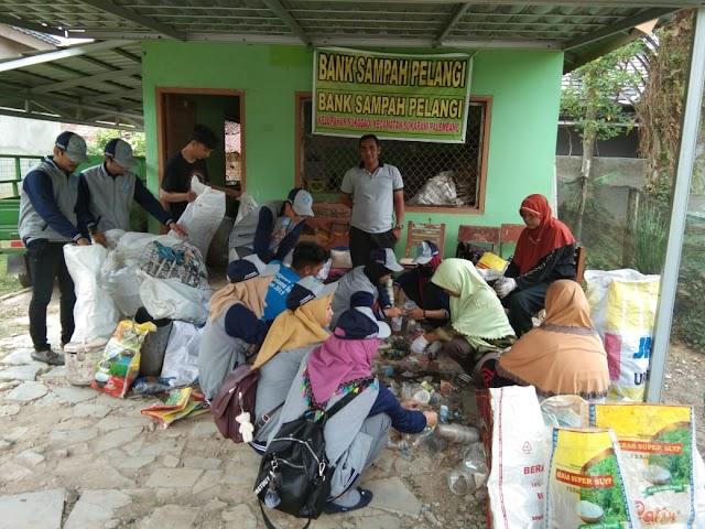 Jaga Kebersihan Lingkungan, Kelurahan Sukodadi Dirikan Bank Sampah