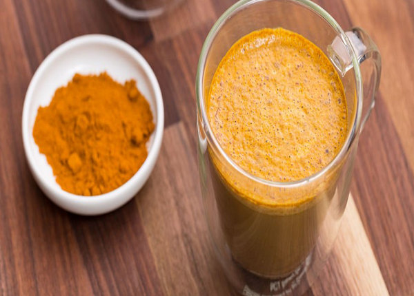 Benefits of drinking turmeric with milk on an empty stomach