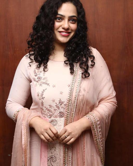 Nithya Menon (Actress) Wiki, Age, Height, Boyfriend, Family and More...