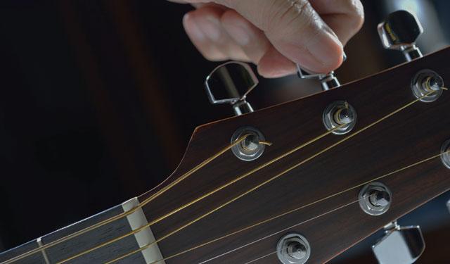 Aplikasi Tuner dan Stem Gitar Terbaik Android