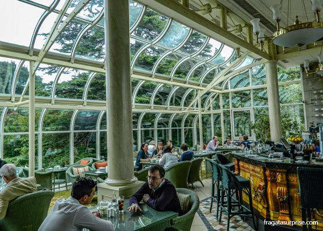 L'Orangerie, bar do Hotel Radisson Blu St Helen's, em Dublin