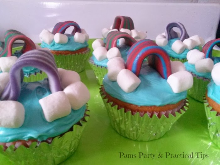 LEGO movie party food, cupcakes