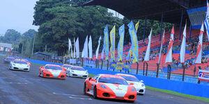 Jakarta Ban Ajak Facebookers Nonton Langsung Balap Ferrari