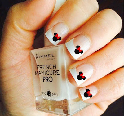 A beautiful manicure of Minni