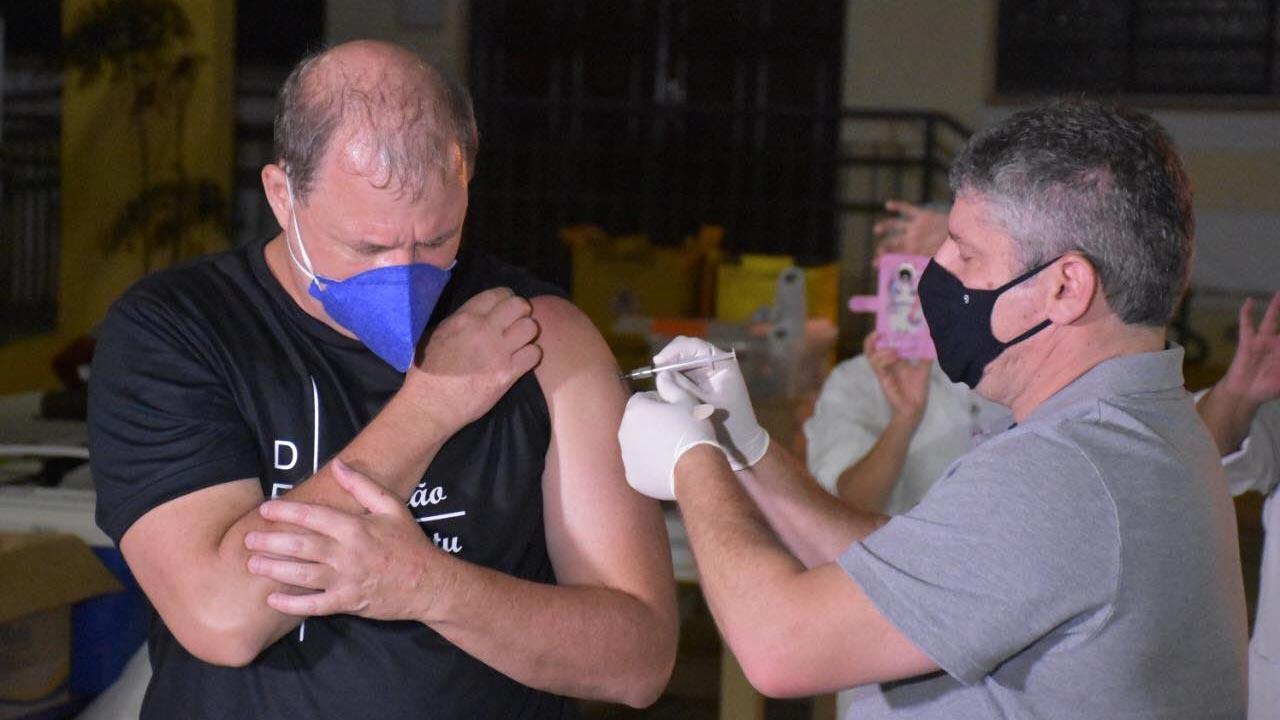Vacinação atinge a meta e 80% da população botucatuense foi vacinada