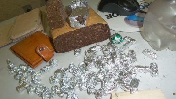 drogs+buriti+030 Polícia Militar prende seis em ponto de drogas no interior do Piauí