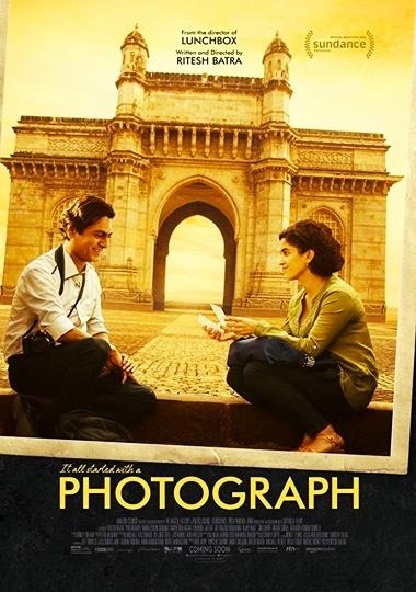 Photograph 2019 Hindi HDRip 480p 300MB 720p 850MB ESub