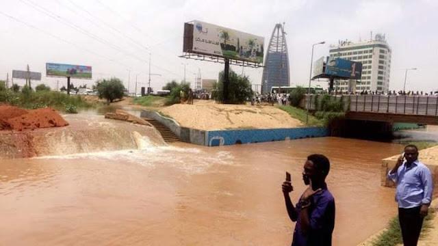 ولاية الخرطوم تشهد فيضاناً عالياً للنيل بمناطق متفرقة