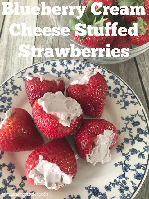 Blueberry Cream Cheese Stuffed Strawberries, cream cheese stuffed strawberries, unprocessed cheese, Arla cheese, cheese slices
