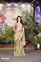 Kareena Kapoor Khan at Sonam Kapoor Wedding Stunning Beautiful Divas ~  Exclusive.jpg