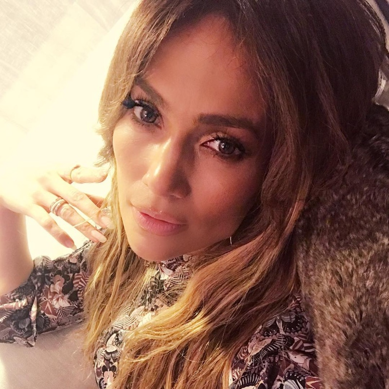 Jennifer Lopez turns up the glam factor in this Instagram from Thanksgiving