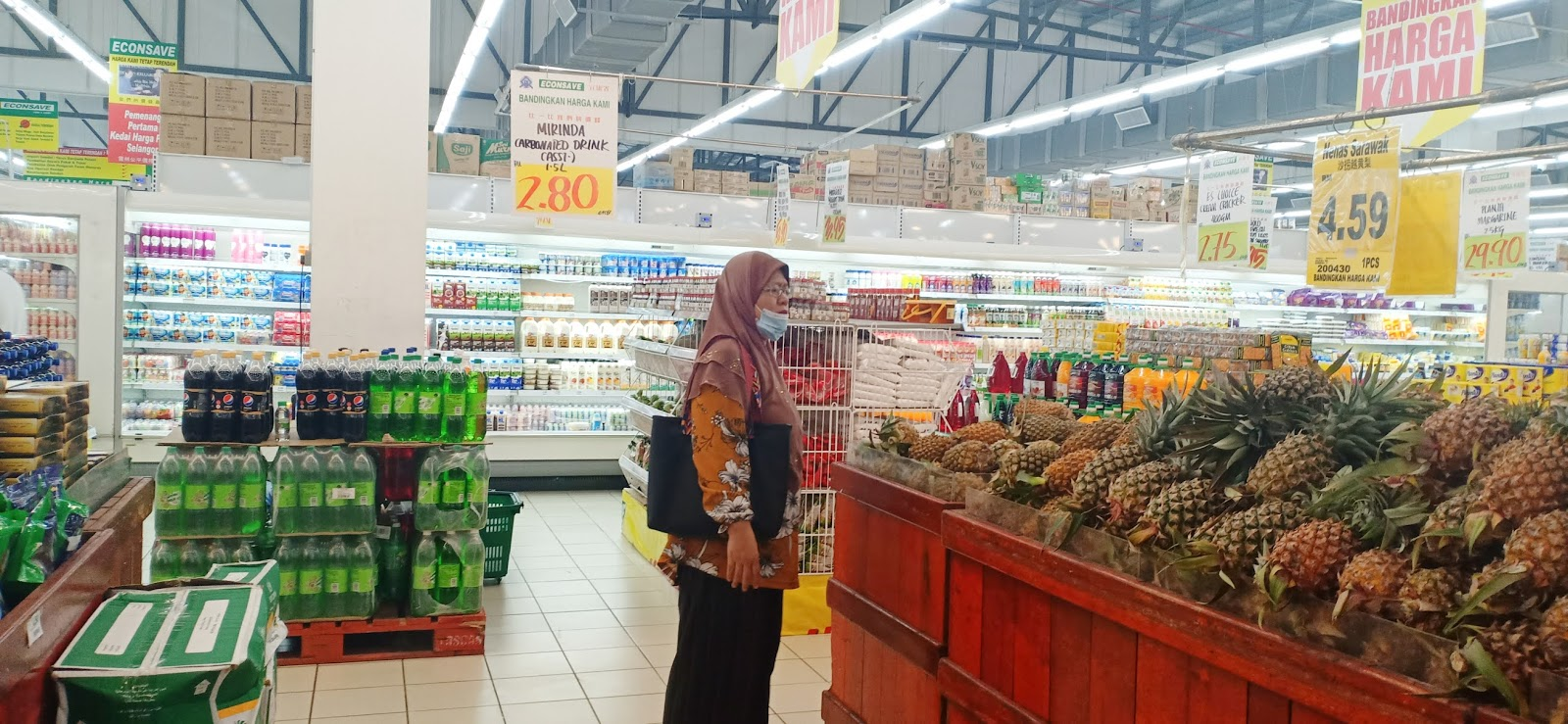Shopping barang dapur di Econsave Semenyih