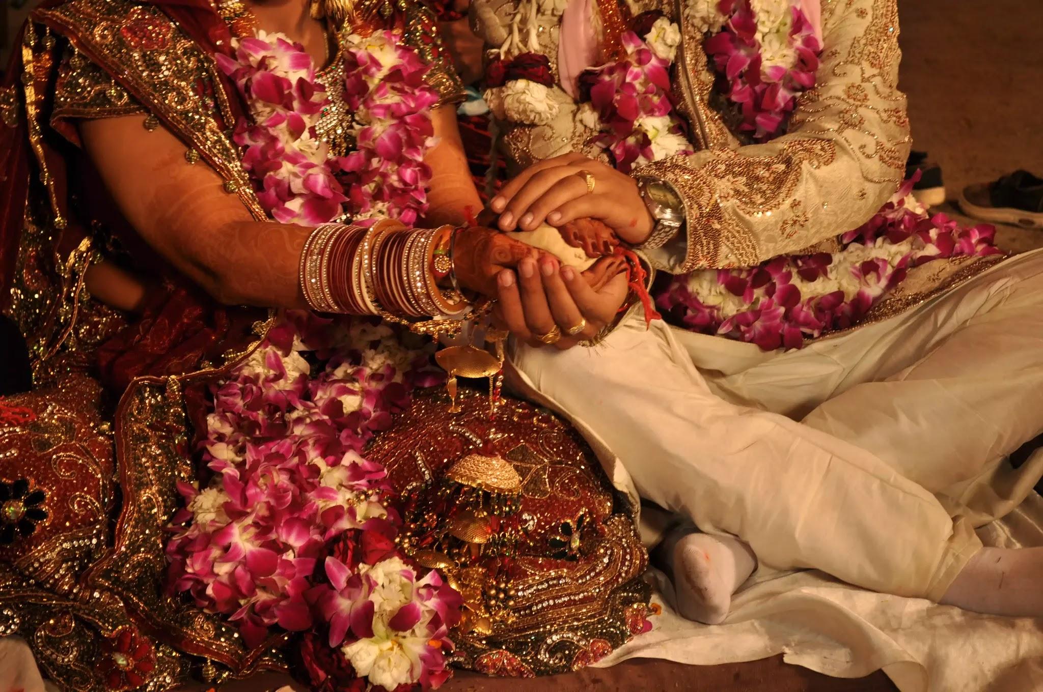 10 Most Common Taboos in Human Societies in Hindi