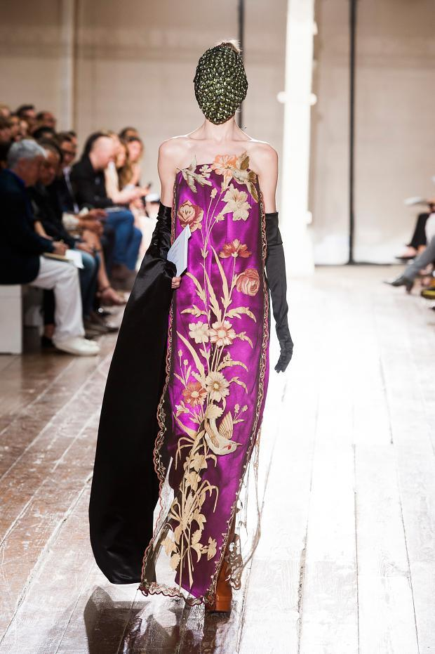 Fashion runway maison martin margiela haute couture a w for Couture a la maison
