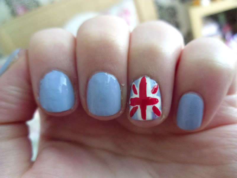British Flag Themed Nail Art