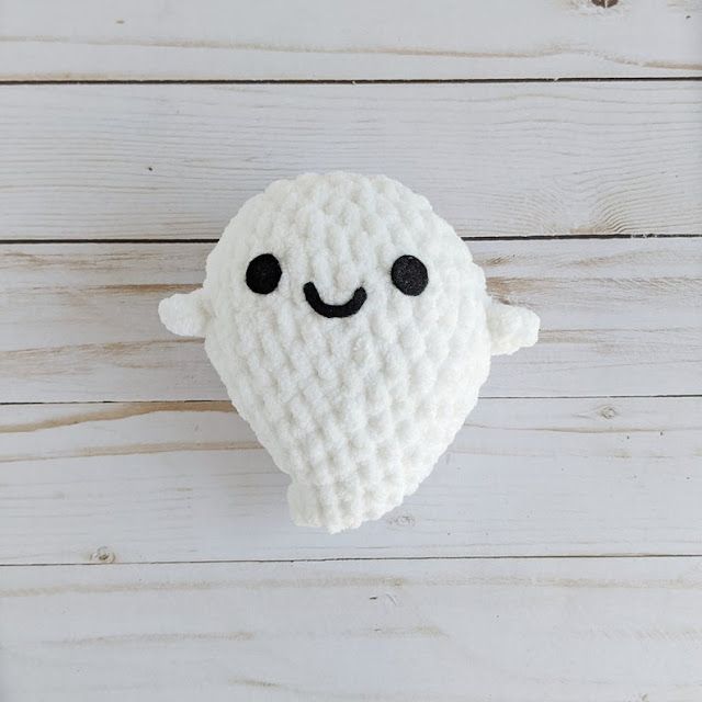 Spooky Ghost Amigurumi