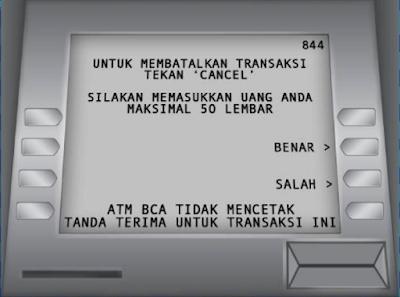 Gambar ATM BCA : Masukan uang yang kamu setor tunai ke mesin ATM - hostze.net
