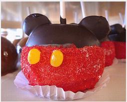 Relembrar a Disney com receitas deliciosas e canecas Disney