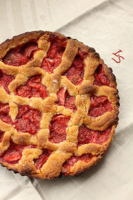 tarte avec des fraises cuites finlande