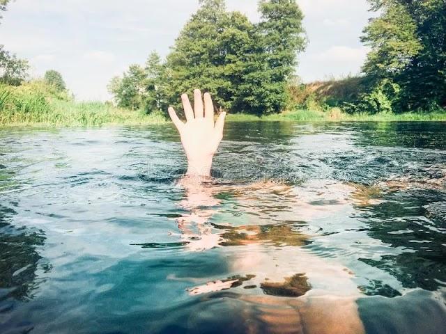 धौंस नदी में डूबने से बच्ची की मौत