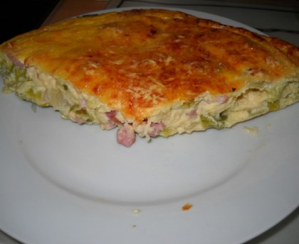 Flan with vegetables and bacon