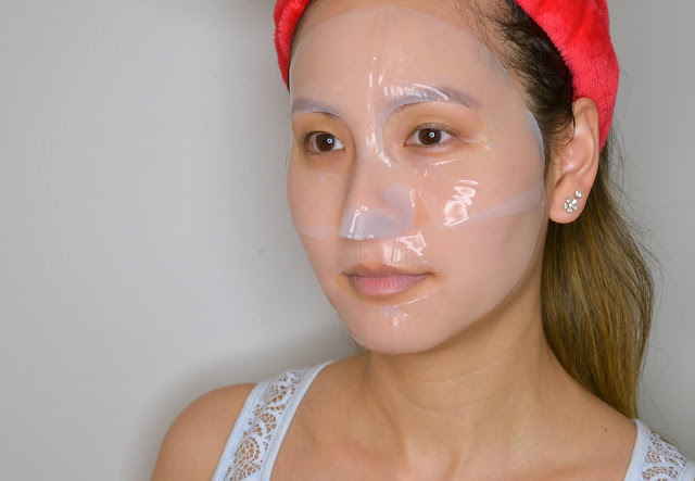 H&M Biocellulose and Hydrogel Hydrating and Energizing Sheet Mask Selfie