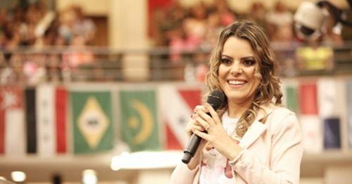 """Ministro da Justiça repudia processo de 'LGBTfobia' contra Ana Paula Valadão: """"Perseguição"""""""