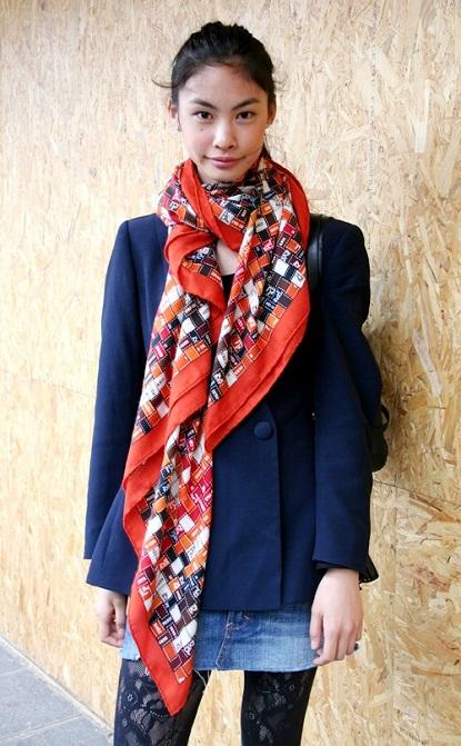 exPress-o: How To Wear Spring Scarves Like A True Parisian