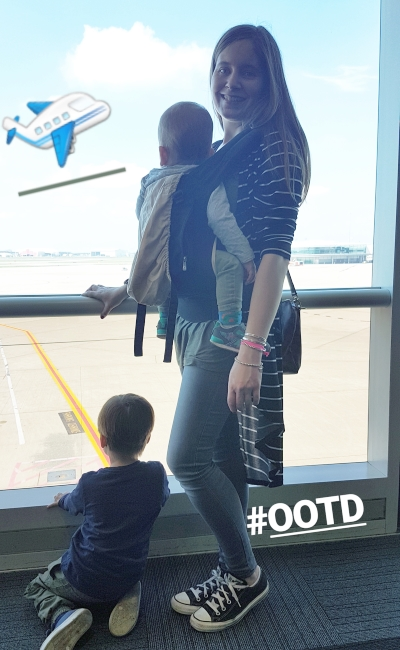 Flying with two toddlers tips: babywearing ergobaby carrier outfit | away from the blue