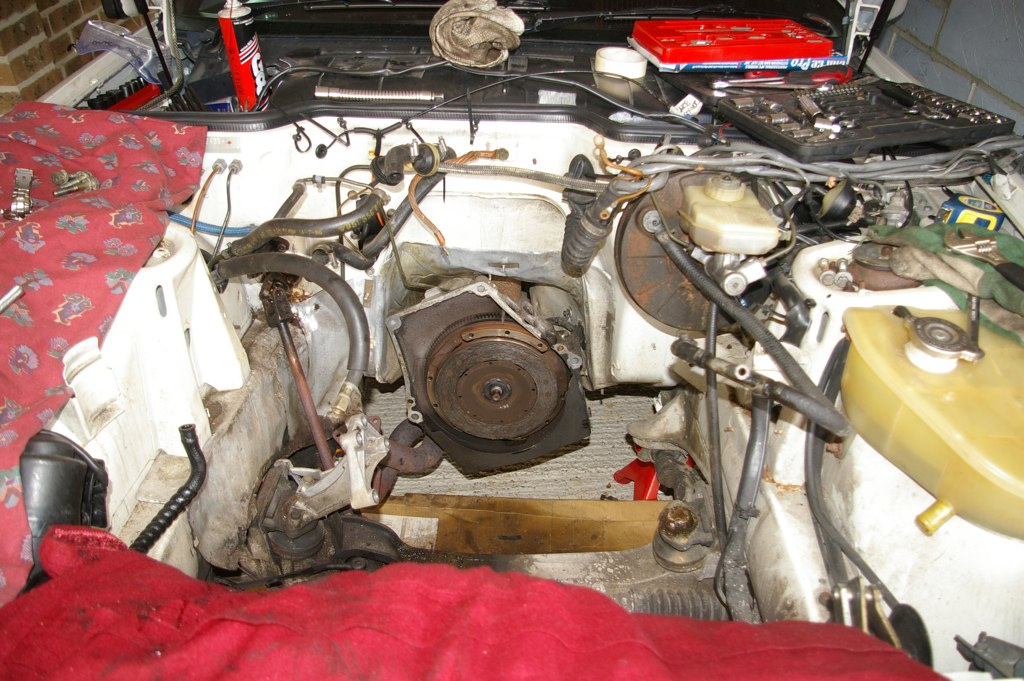 engine out the top easy peasy rh 944lux blogspot com 1980 Porsche 924 Engine Porsche 924 Turbo Counterweight