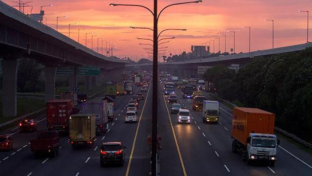 Berikut Adalah Daftar Titik Penyekatan di Jalan Tol Jasa Marga Group Saat PPKM Darurat.lelemuku.com.jpg