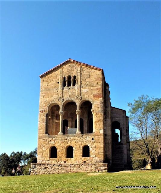visitar santa maría del Naranco Oviedo
