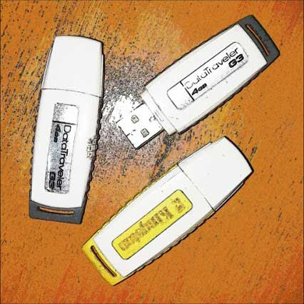 cara mengatasi flashdisk yang tidak terbaca