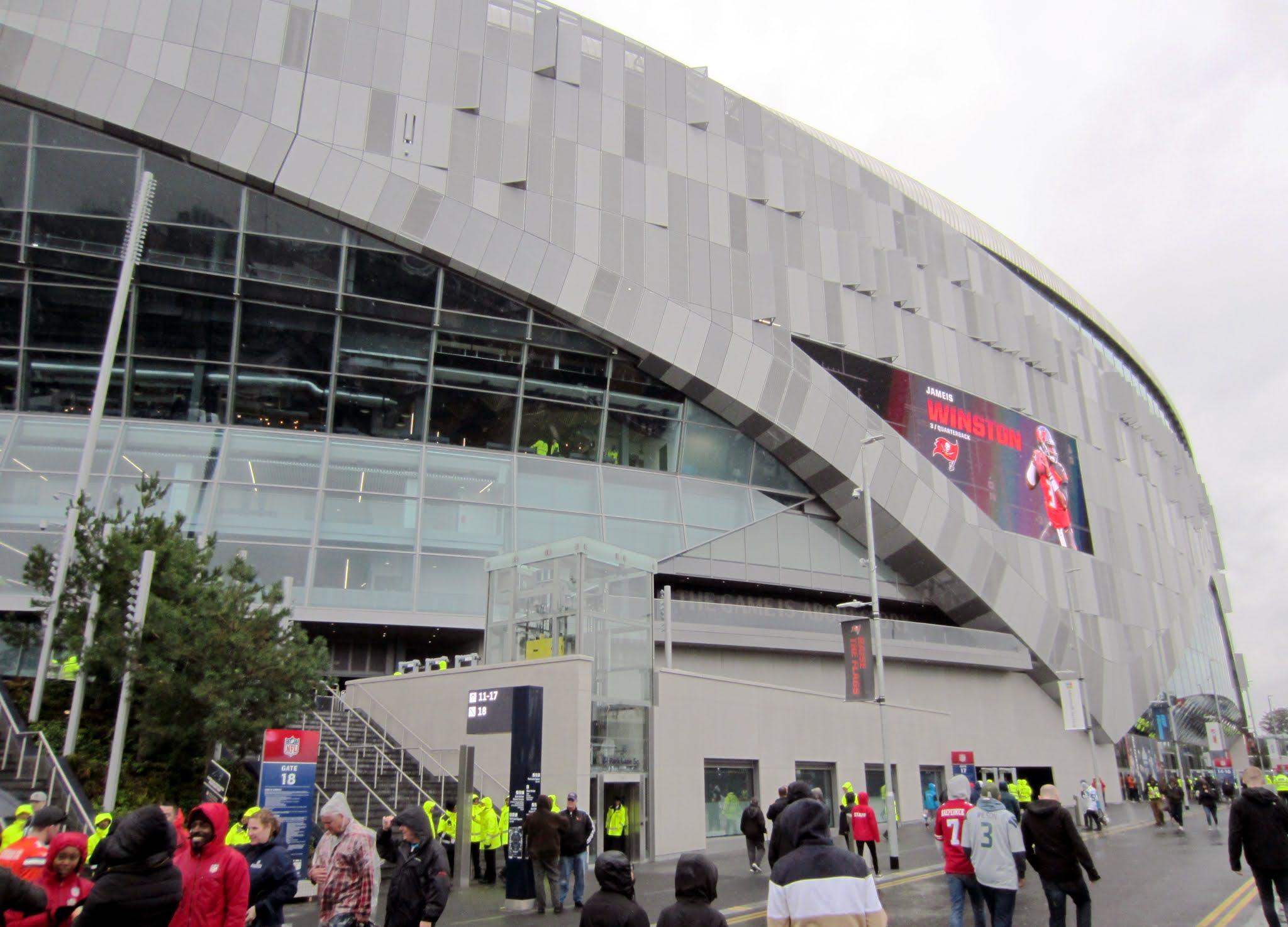 Tottenham Hotspur Stadium exterior